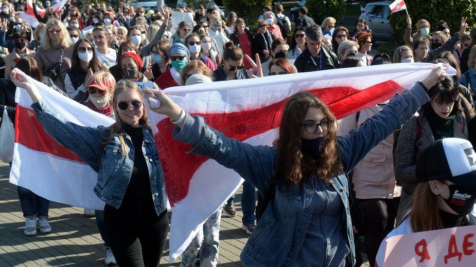 Kobiety protestujące w Mińsku