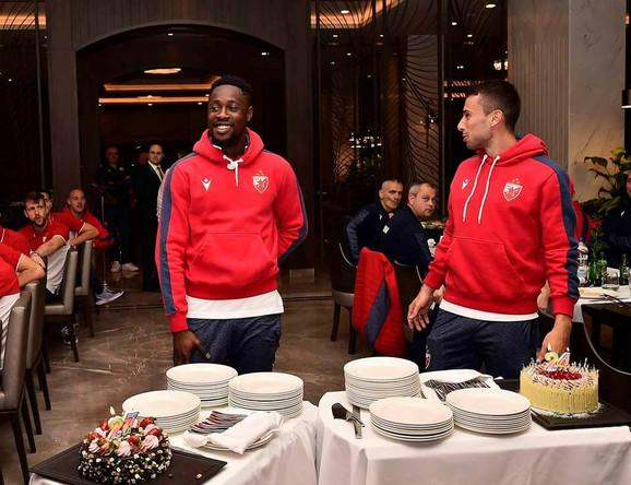 FK Crvena zvezda, pripreme