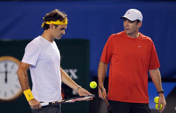 Rodžer Federer i Pol Anakon