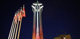 Ten pomnik świeci w nocy!