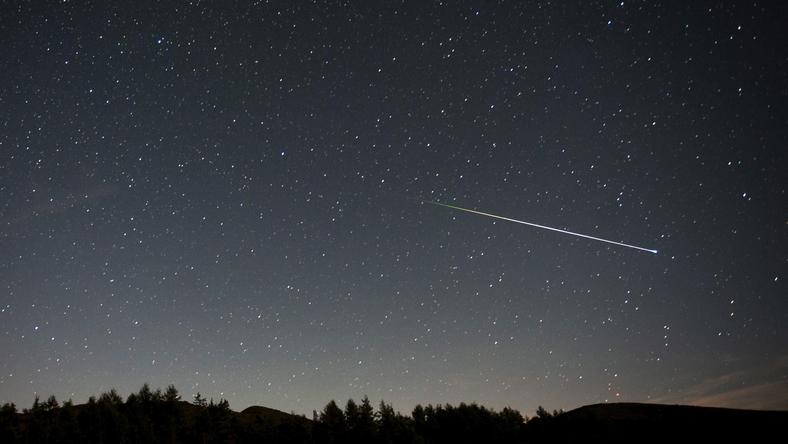 Substancje, umożliwiające powstanie życia odnalezione na dwóch meteorach