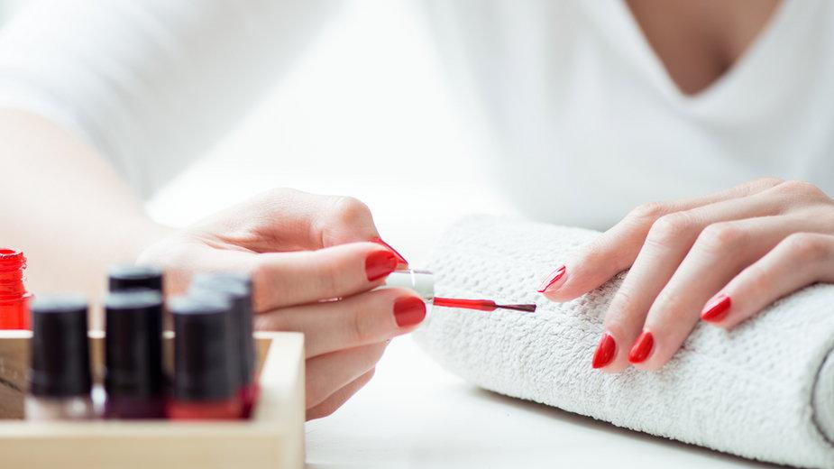 Manicure hybrydowy - najczęściej popełniane błędy