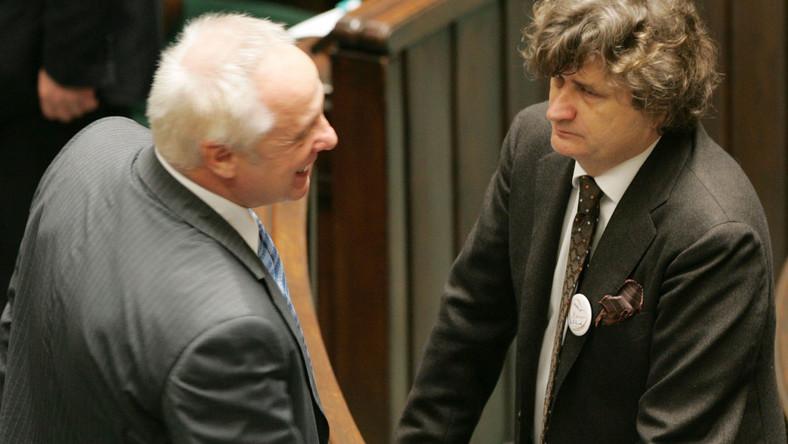 Niesiołowski przestrzega kolegę z partii