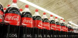 Ojciec poił dzieci Coca-Colą. Trafił za kraty