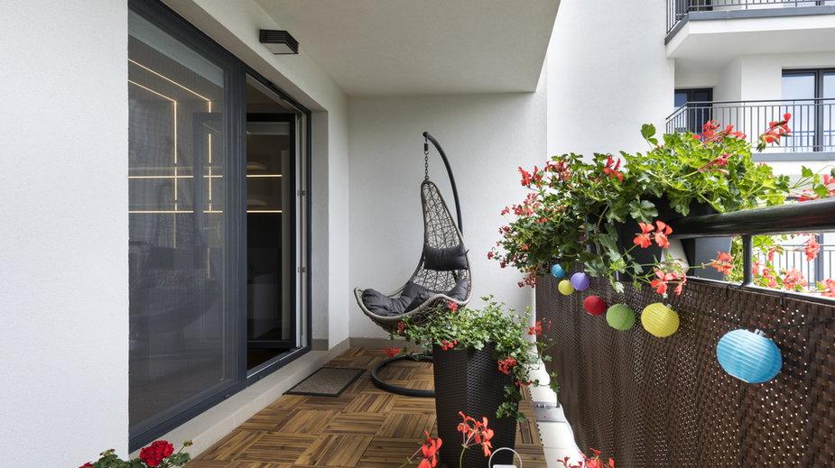 Nowy balkon na wiosnę