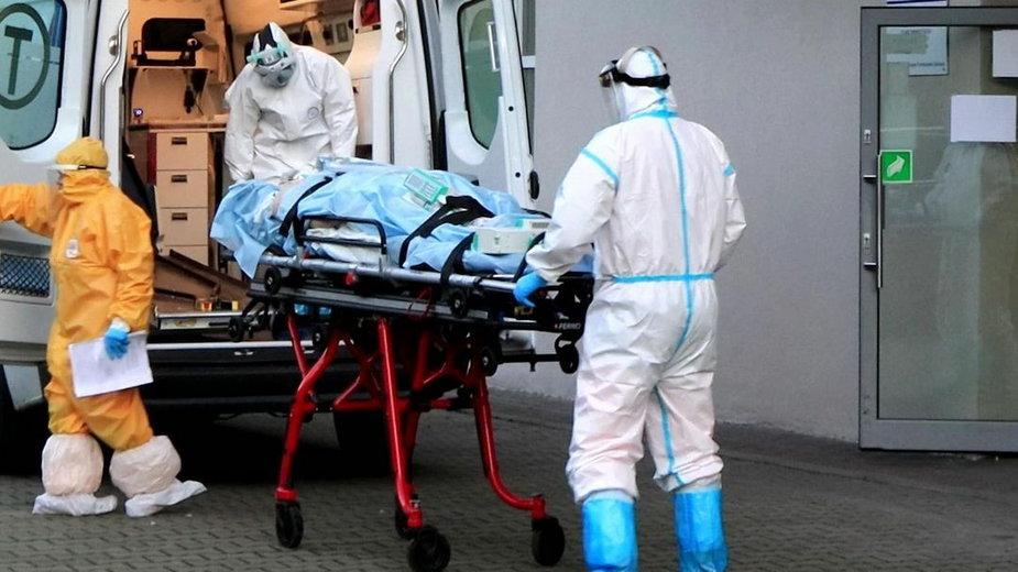 Do szpitala w Gryfinie przewożeni są lżej chorzy na Covid-19