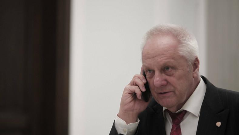 Stefan Niesiołowski ostro krytykuje kard. Stanisława Dziwisza