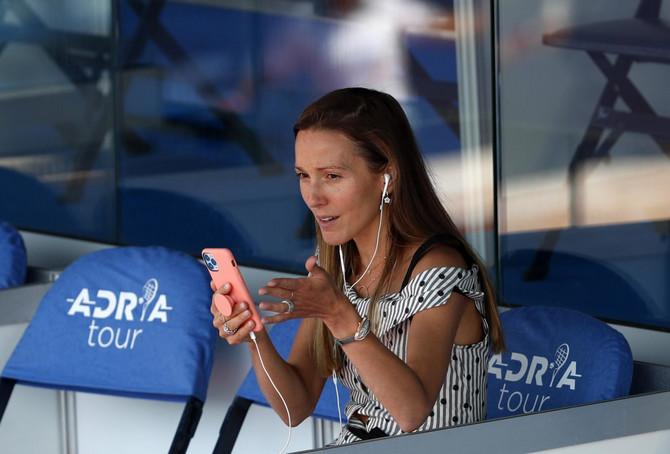 Jelena Đoković na tribinama Adria tour-a