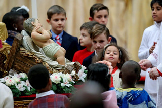 Pasterka w Watykanie. Papież: Musimy pielęgnować poczucie sprawiedliwości