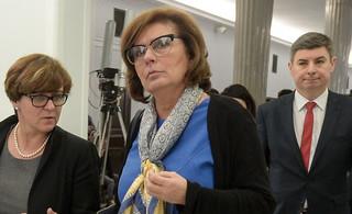 Kidawa-Błońska o odrzuceniu projektu 'Ratujmy Kobiety': Platforma nie oddaje pola