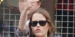 Oto gest znanej aktorki. Oj nieładnie!