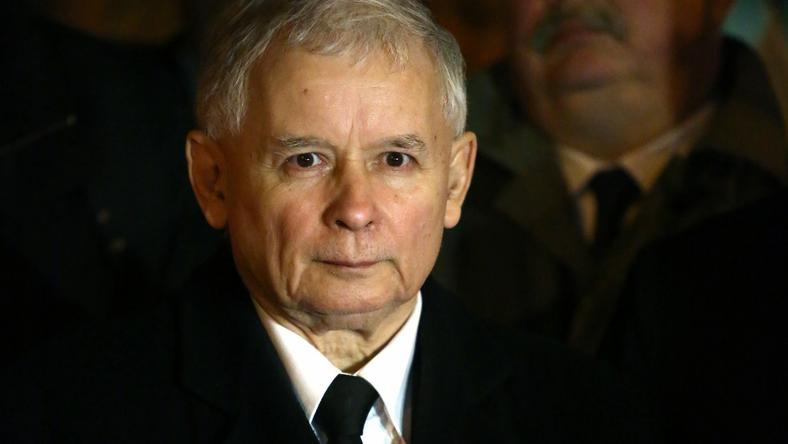 Jarosław Kaczyński w trakcie przemówienia w Warszawie
