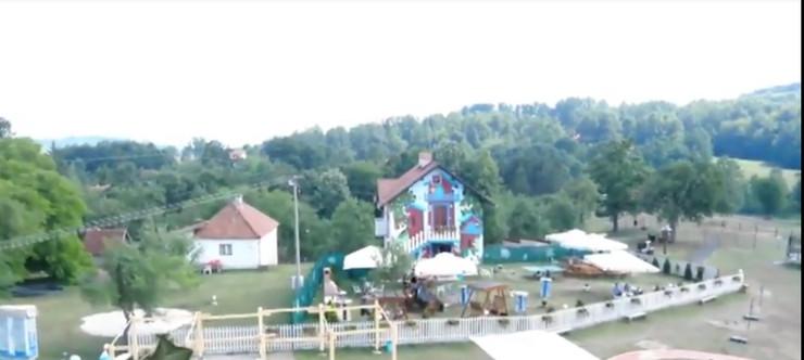 kuća pretvorena u park Užice