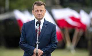 Dwa rosomaki ministra Błaszczaka. Wojsko przegrywa walkę o lepszy sprzęt [OPINIA]