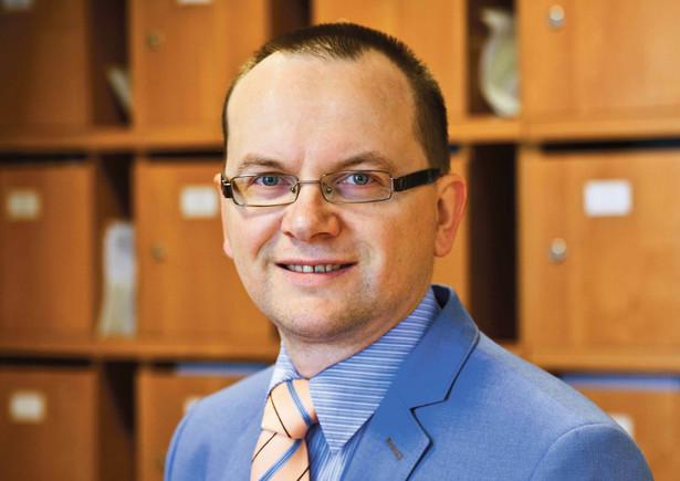 dr hab. Jacek Zaleśny konstytucjonalista z UW