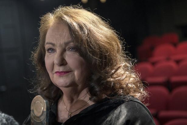 Anna Dymna podczas wręczania nagrody im Kazimierza Kutza. 6 lutego 2021, Teatr Śląski w Katowicach