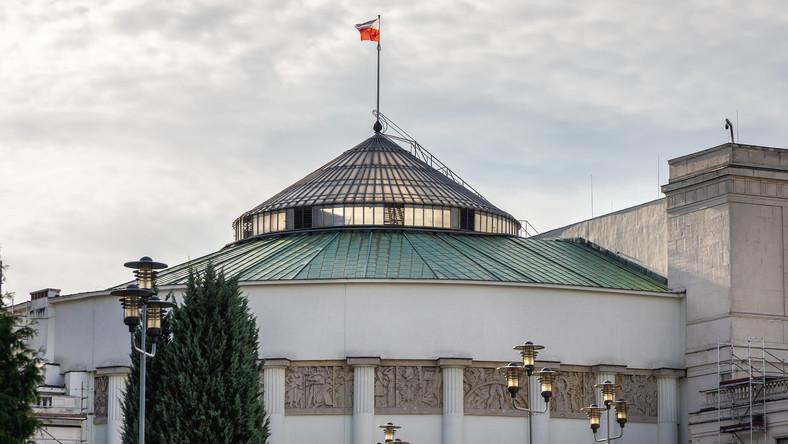 Gmach Sejmu Rzeczypospolitej Polskiej przy ulicy Wiejskiej w Warszawie