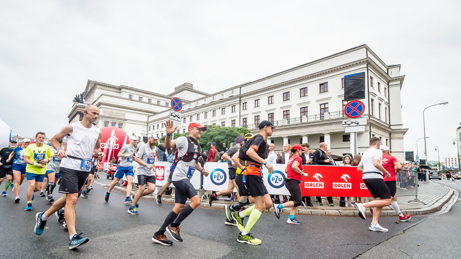 42. PZU ORLEN Maraton Warszawski już biegnie