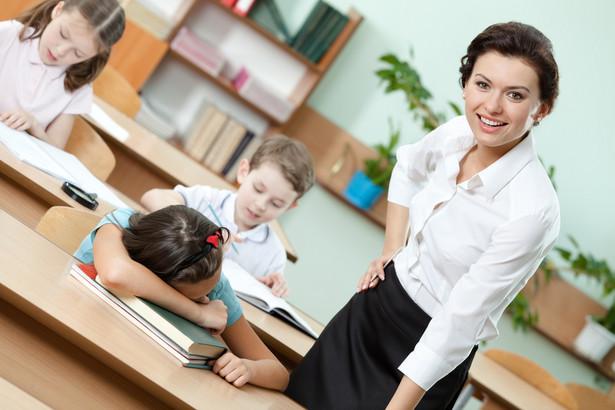 W szkołach podstawowych problem zwolnień będzie dotyczyć przede wszystkim szkół na wsi.