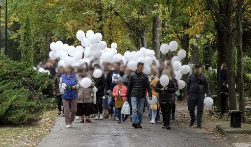 Białe baloniki poleciały prosto do nieba. Wzruszające pożegnanie 4-letniego Piotrusia, który zginął pod kołami chevroleta