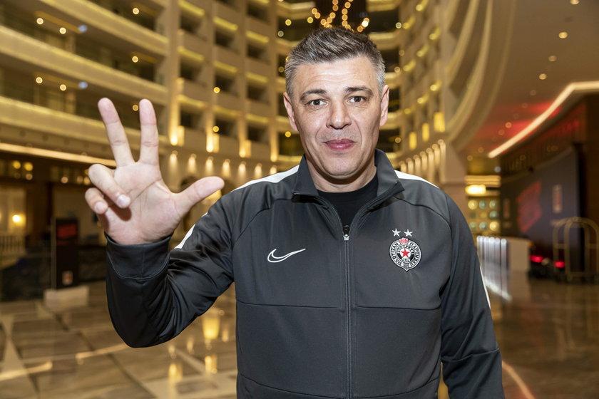 Dziś pracuje jako trener w Partizanie Belgrad.