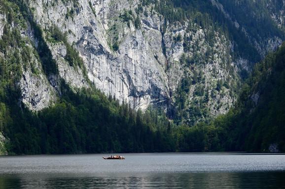 Jezero Toplic