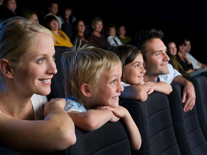Raspusti se i uživaj: U bioskopu Cine Grand niže cene ulaznica tokom raspusta, kreativne radionice i pokloni!
