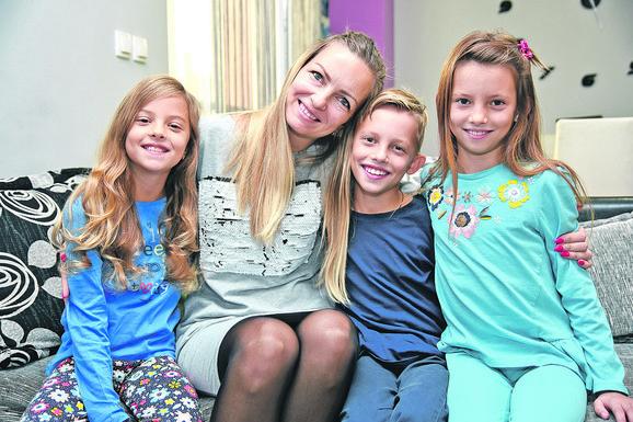 Violeta Jovović sa decom