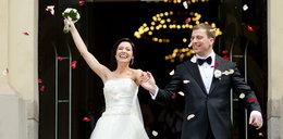 Poznaliście się przez internet? Macie większe szanse na udane małżeństwo