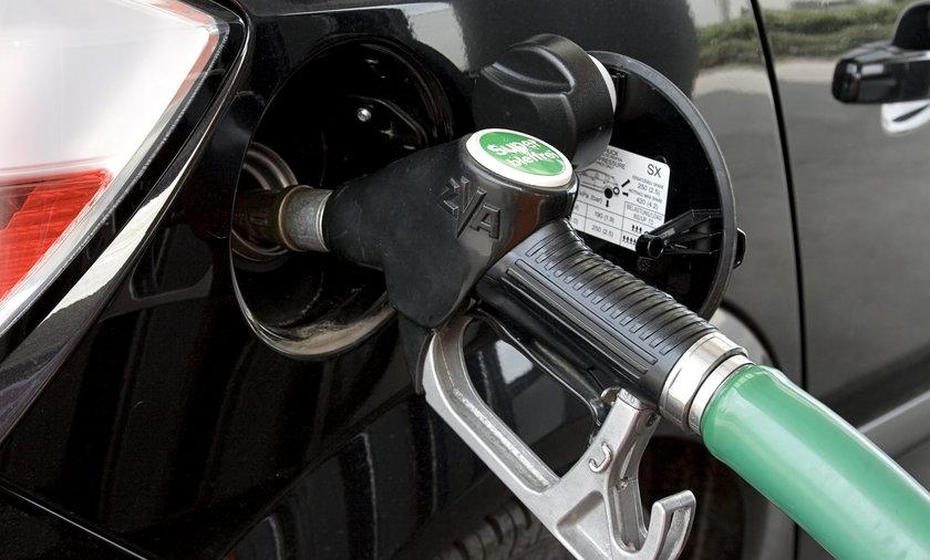 Trzy czwarte skontrolowanych stacji benzynowych łamie prawo