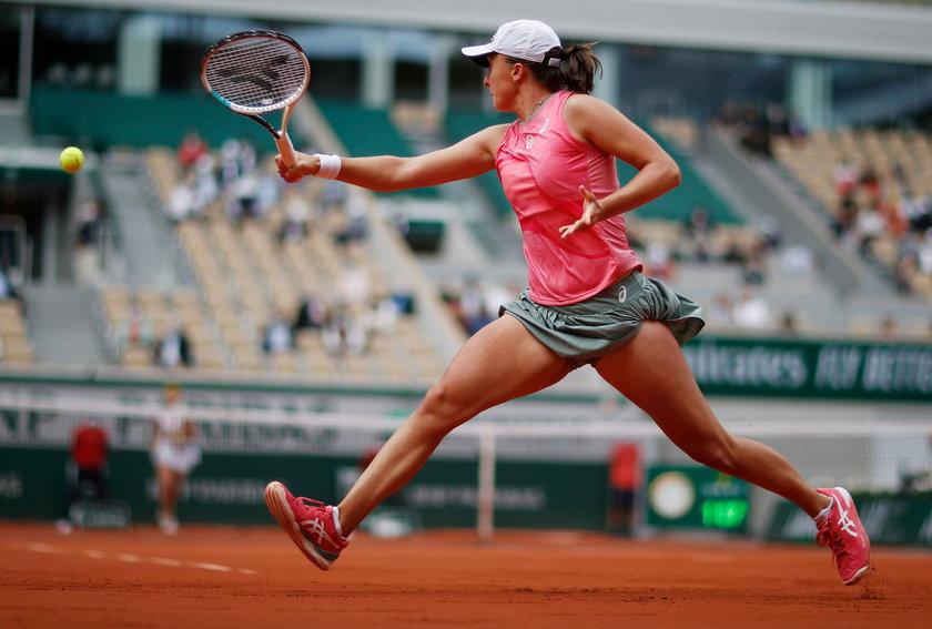 W czwartej rundzie French Open zmierzy się Ukrainką Martą Kostiuk (19 l.).