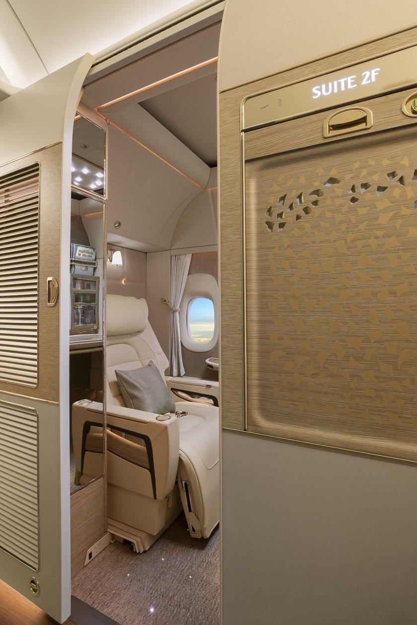 Pierwsza klasa w boeingu 777