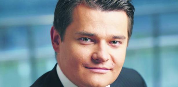 Jako dyrektor zarządzający BGŻOptima Piotr Grzybczak wprowadzał nowy internetowy bank na rynek