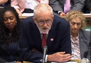 Corbyn: 'Nie nabiorę się na te sztuczki Johnsona'. Czy brexit będzie opóźniony?