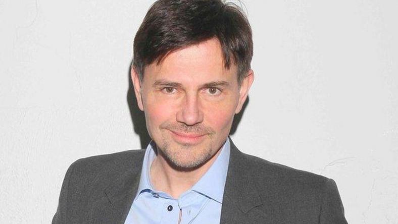 Krzysztof Ibisz sprawdza się jako aktor