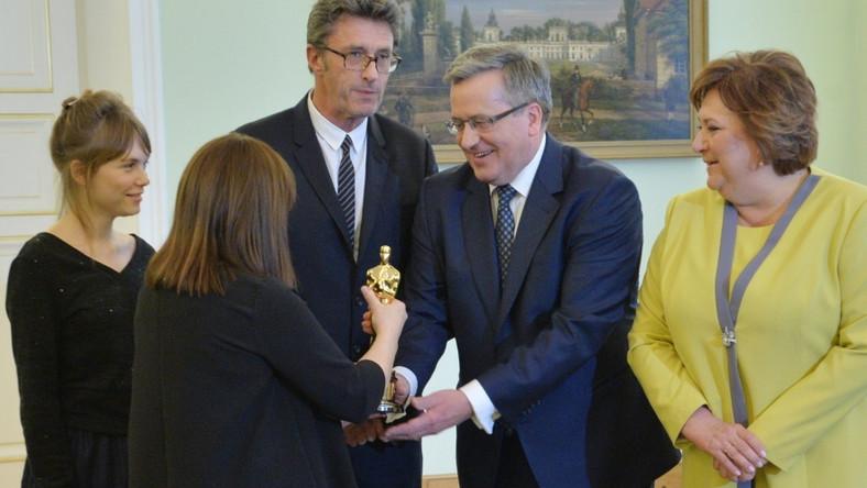 Podczas spotkania w Belwederze Bronisław Komorowski pogratulował twórcom polskich filmów, nominowanych do Oscarów. Prezydent mówił o tym, że do sukcesów naszego kina przyczyniło się utworzenie Polskiego Instytutu Sztuki Filmowej. I zachęcał do dalszych wysiłków na rzecz polskiego filmu, wyrażając przekonanie, że przyniosą one sukcesy