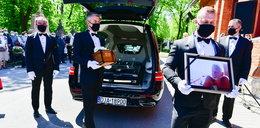 Pogrzeb Bronisława Cieślaka. Rodzina pożegnała go zgodnie z jego wolą i uszanowała jego poglądy. ZDJĘCIA