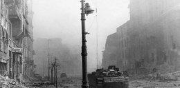 22 sierpnia: Atak czołgów na barykady na Nalewkach
