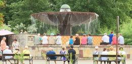 Zobacz, jak emeryci bawią się w Ciechocinku
