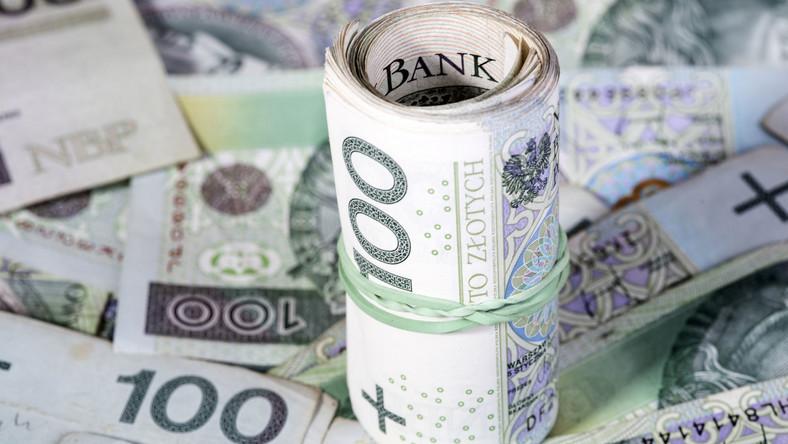 Stuzłotowe banknoty