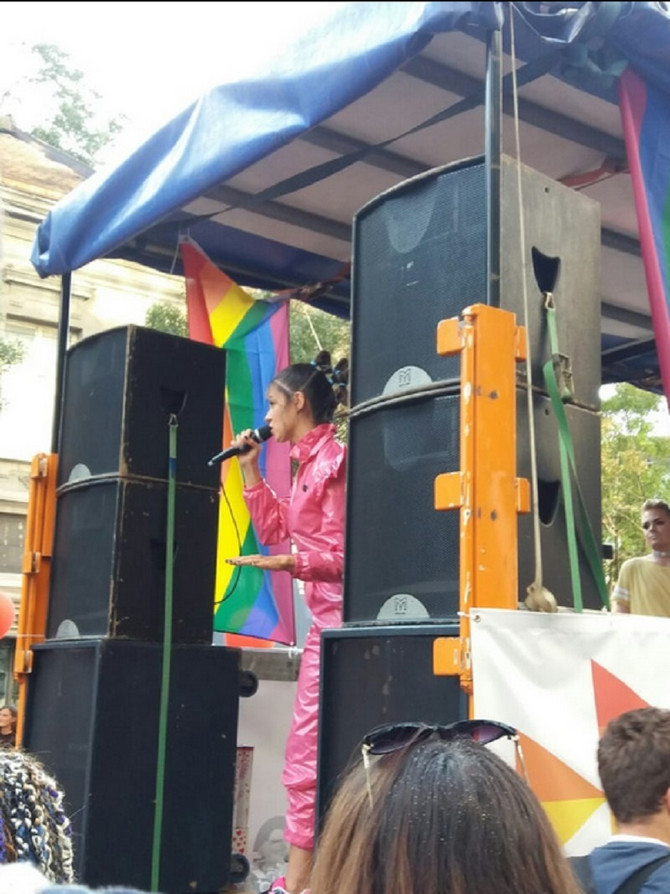 Kuma Parade ponosa Sara Jovanović obraća se okupljenima