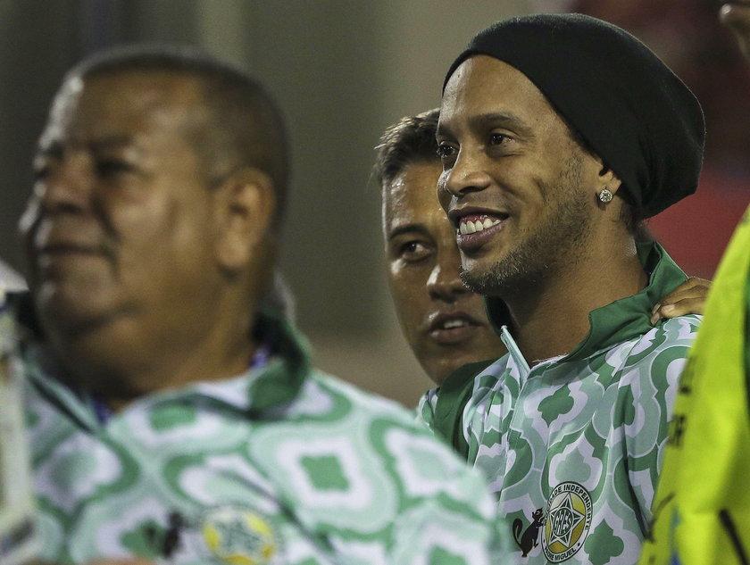 Ronaldinho szaleje na karnawale w Rio de Janeiro. Wielka impreza