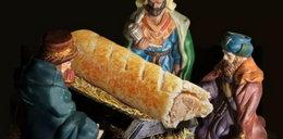 Szokująca reklama. Kalendarz adwentowy z... hot-dogiem zamiast Jezuska!