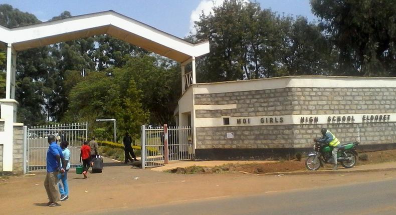 Moi Girls' Eldoret students strike (Video)