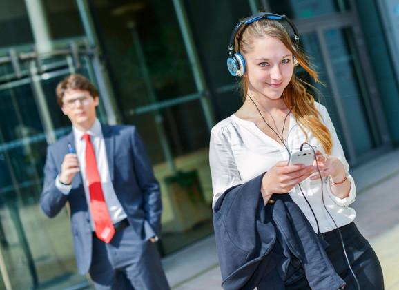 Posebne aplikacije bi mogle pomoći u uspostavljanju kontakata među generacijama