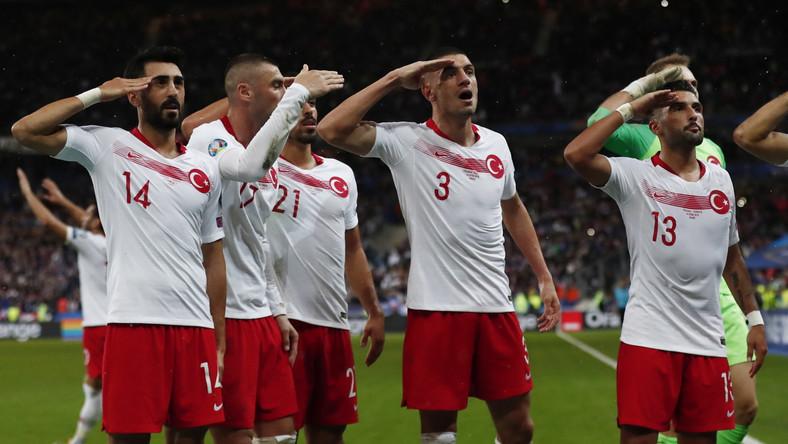 Tak reagowali zawodnicy Turcji w trajcie meczu z Francją