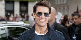 Kał na twarzy Toma Cruise'a. Zamiast skalpela