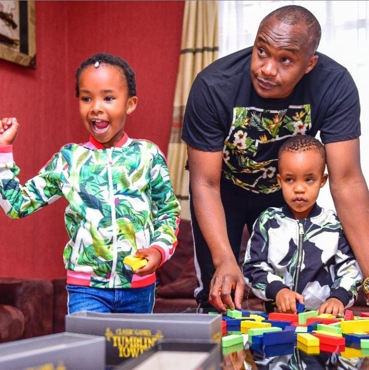 Jaguar with his kids. List of Kenyan celebrities with multiple Baby Mama's