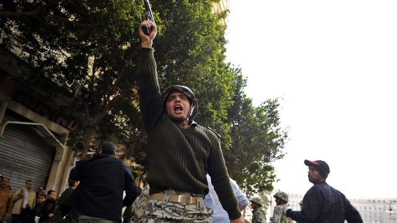 Egipskie wojsko zapewnia: Nie użyjemy siły