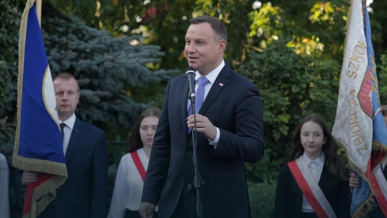 Prezydent Andrzej Duda podczas spotkania z mieszkańcami, 27 bm. w Jezioranach